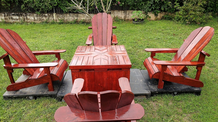 wood pallets adirondack patio set