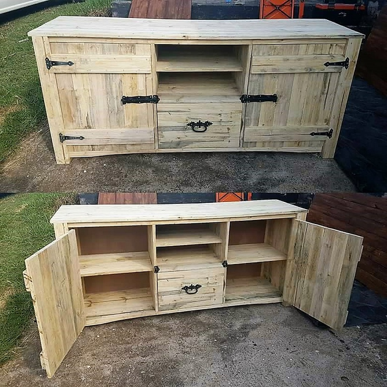 wooden pallet rustic media cabinet