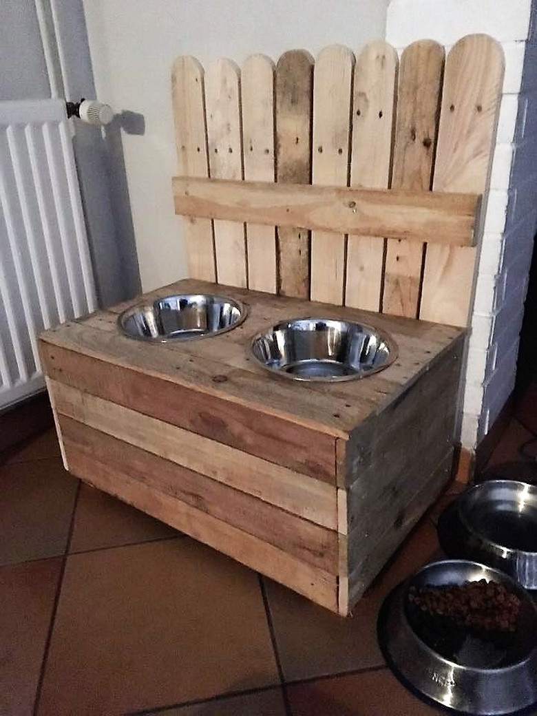 wooden pallets dog food bowls
