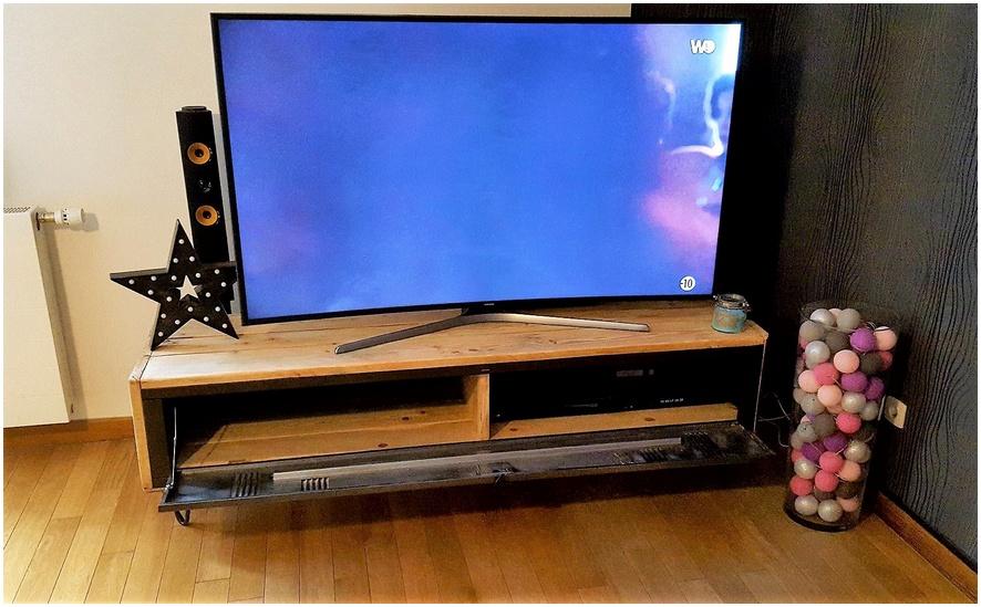 pallet tv stand idea