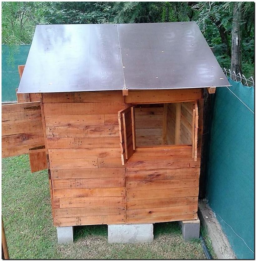 pallet wooden garden cabin