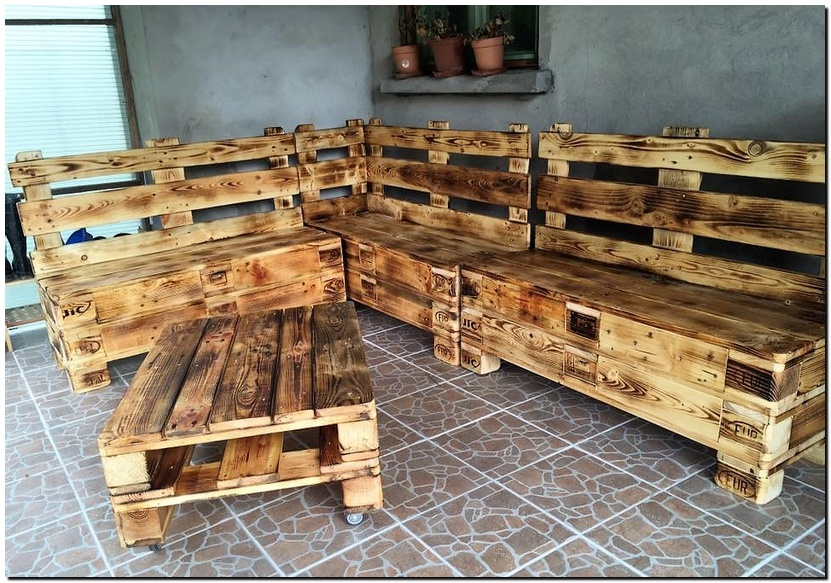 Wooden Pallet Recycled Furniture Idea