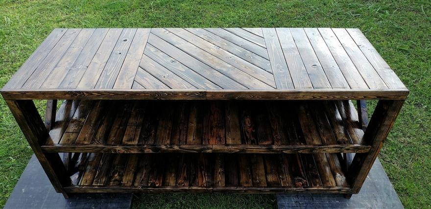 wooden pallets entertainment center