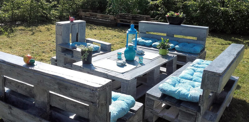 garden patio furniture out of wood pallets
