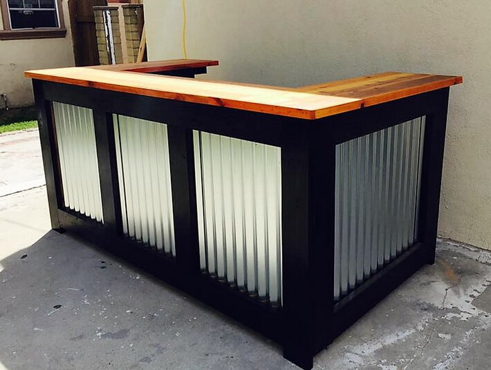 pallets made bar
