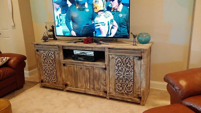 repurposed pallets tv stand