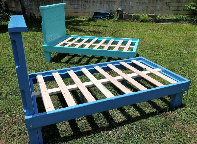 reused wood pallet bed frame