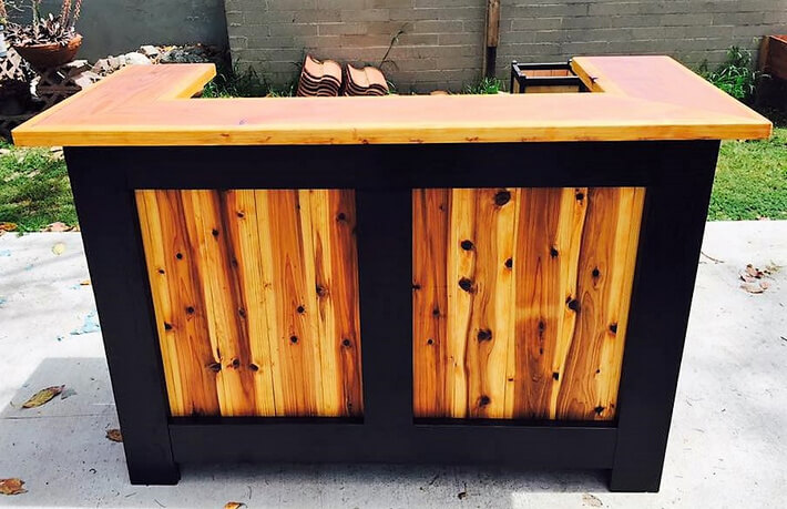 reclaimed wooden pallets made bar idea pallet ideas