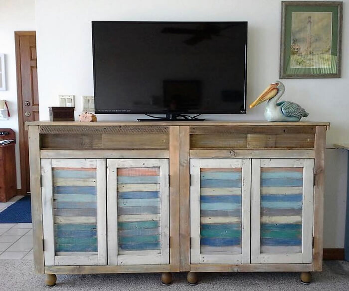 wooden pallets tv stand plan