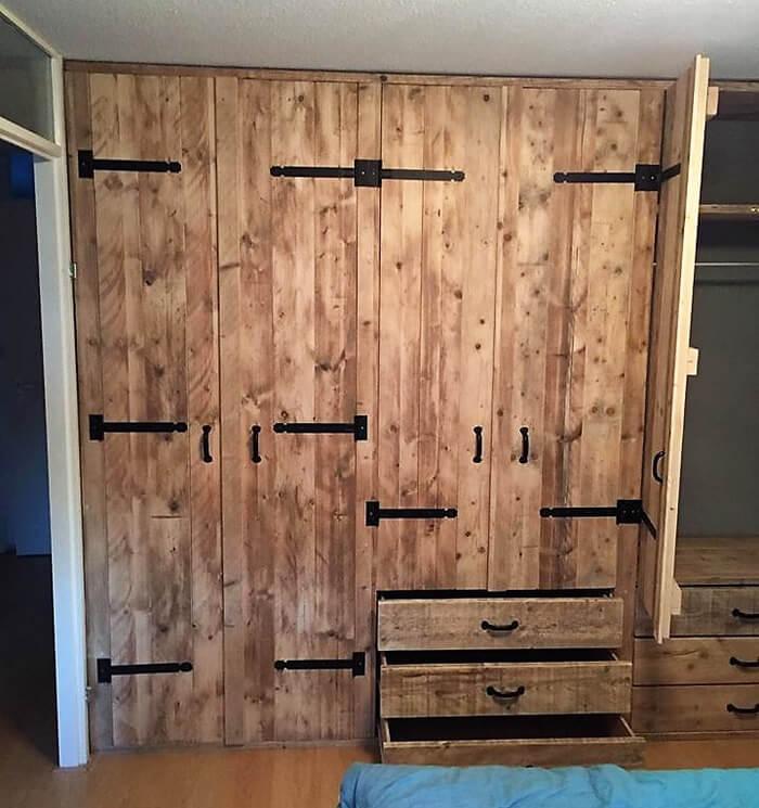 pallets closet plan
