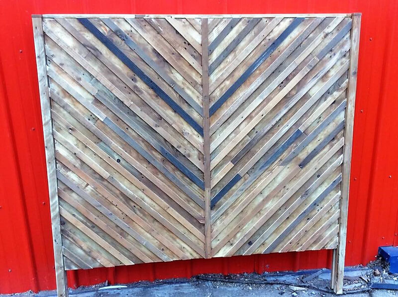 pallets headboard idea