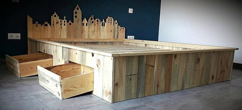 pallets made bed with storage