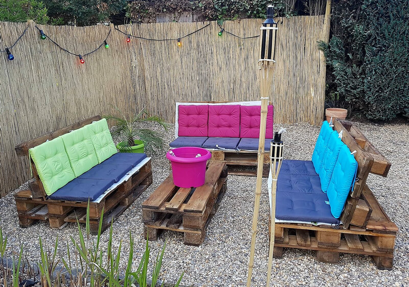 upcycled wood pallet outdoor furniture