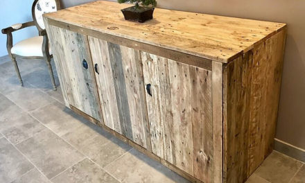Recycled Pallets Entryway Giant Table with Drawers