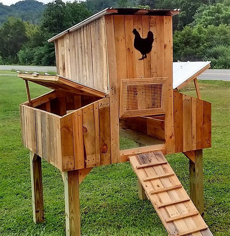50 easy diy ideas out of wooden pallets pallet ideas Chicken coop from pallet wood