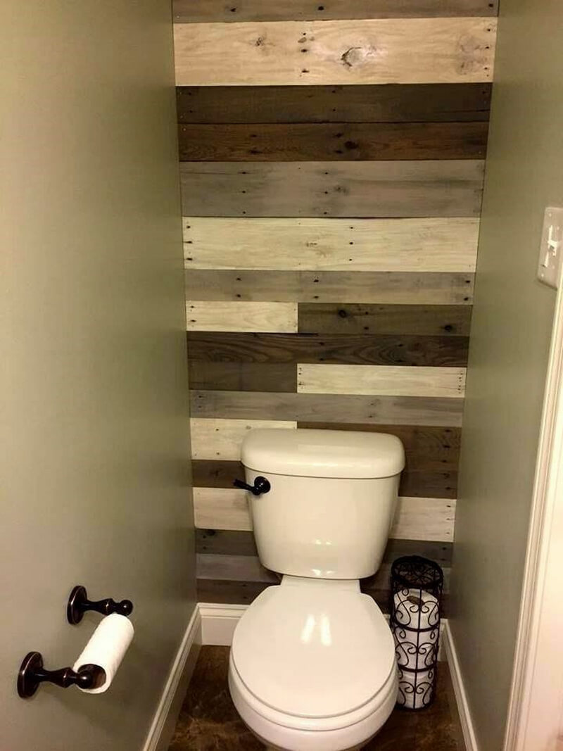pallets made bathroom wall art