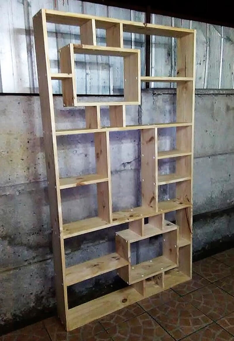 pallets made shelving wardrobe