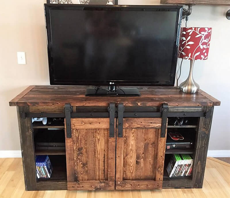 pallets tv stand project