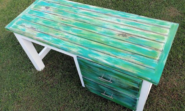 Pallets Made Aurora Borealis Themed Desk