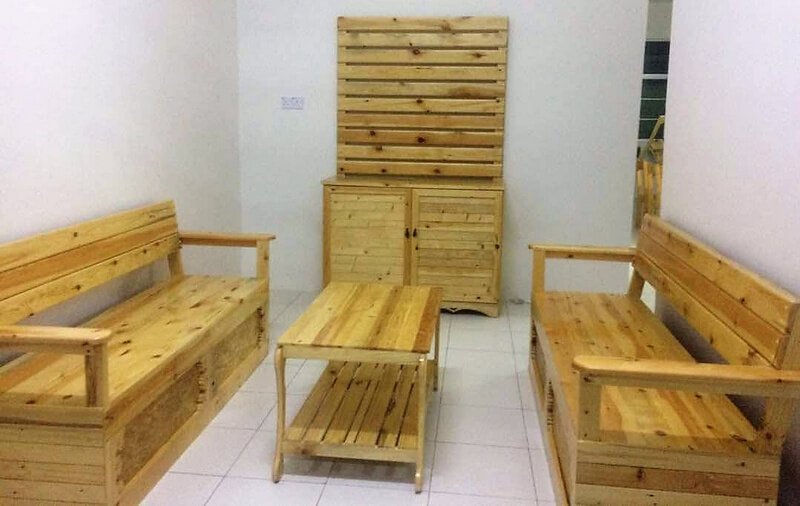 recycled wood pallets furniture set