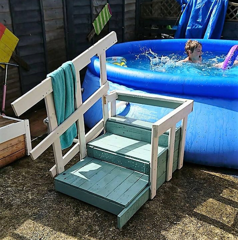 wood pallet pool stairs