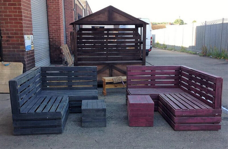 pallet wood patio couch idea