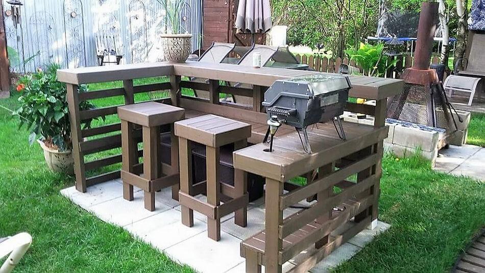 Wood pallets garden bbq bar terrace pallet ideas for Pallet garden furniture bar