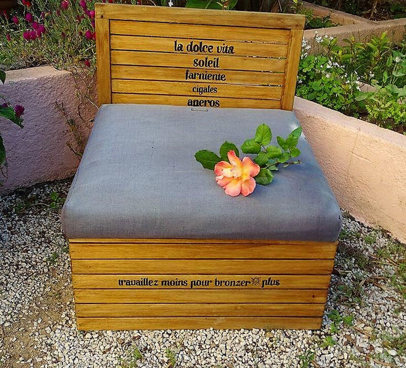 recycled pallets daybed