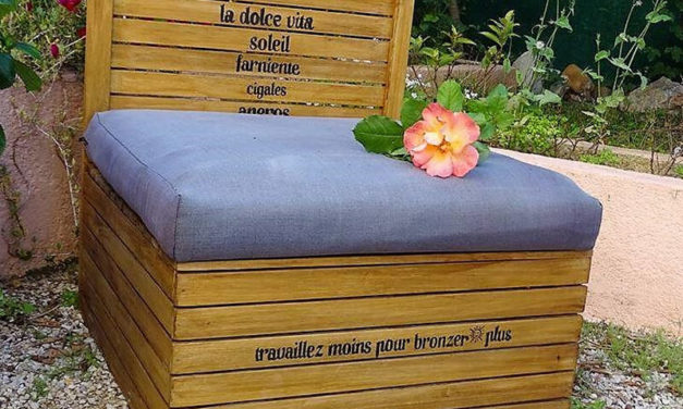 Wooden Pallet Daybed with Storage