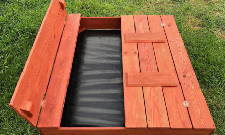 Wooden Pallets Made Sandpit for Kids to Play
