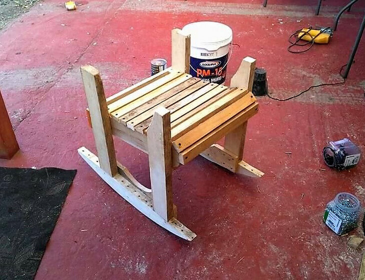diy recycled pallets rocking chair