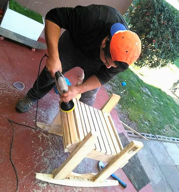 diy wooden pallets rocking chair