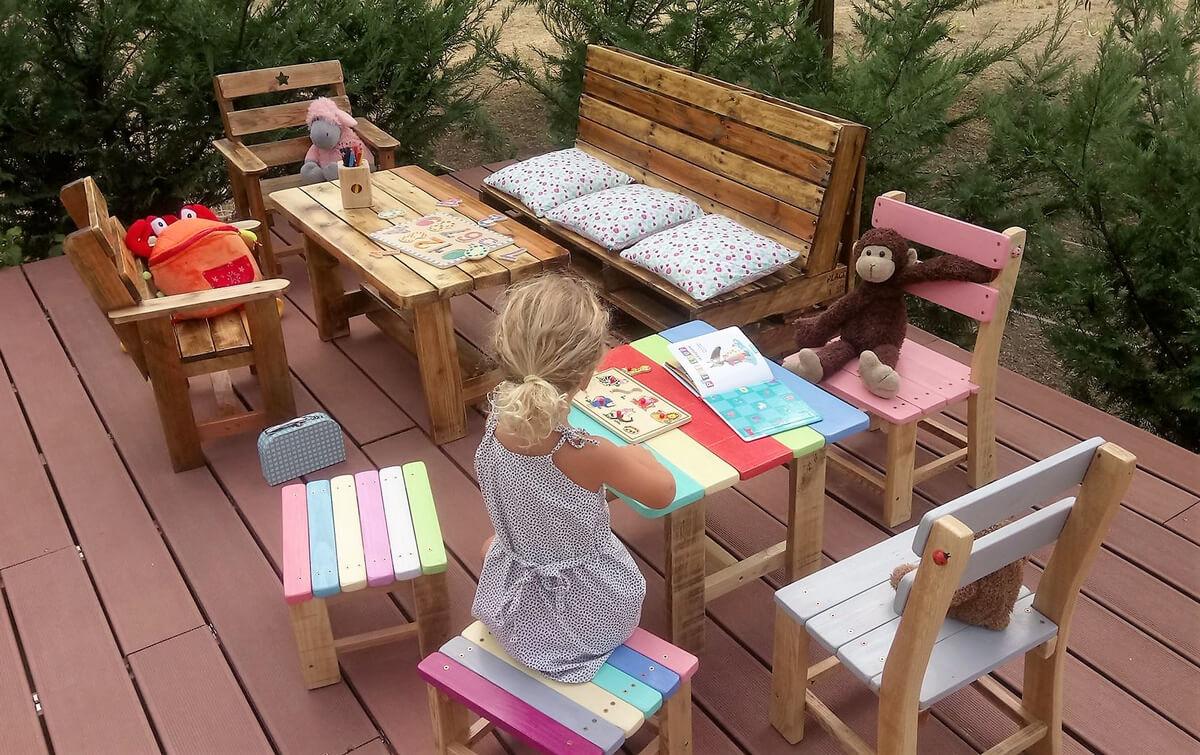 pallets furniture for kids
