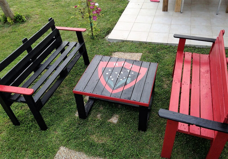 pallets garden furniture idea