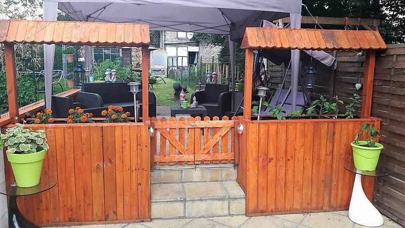 pallets patio lounge entrance idea