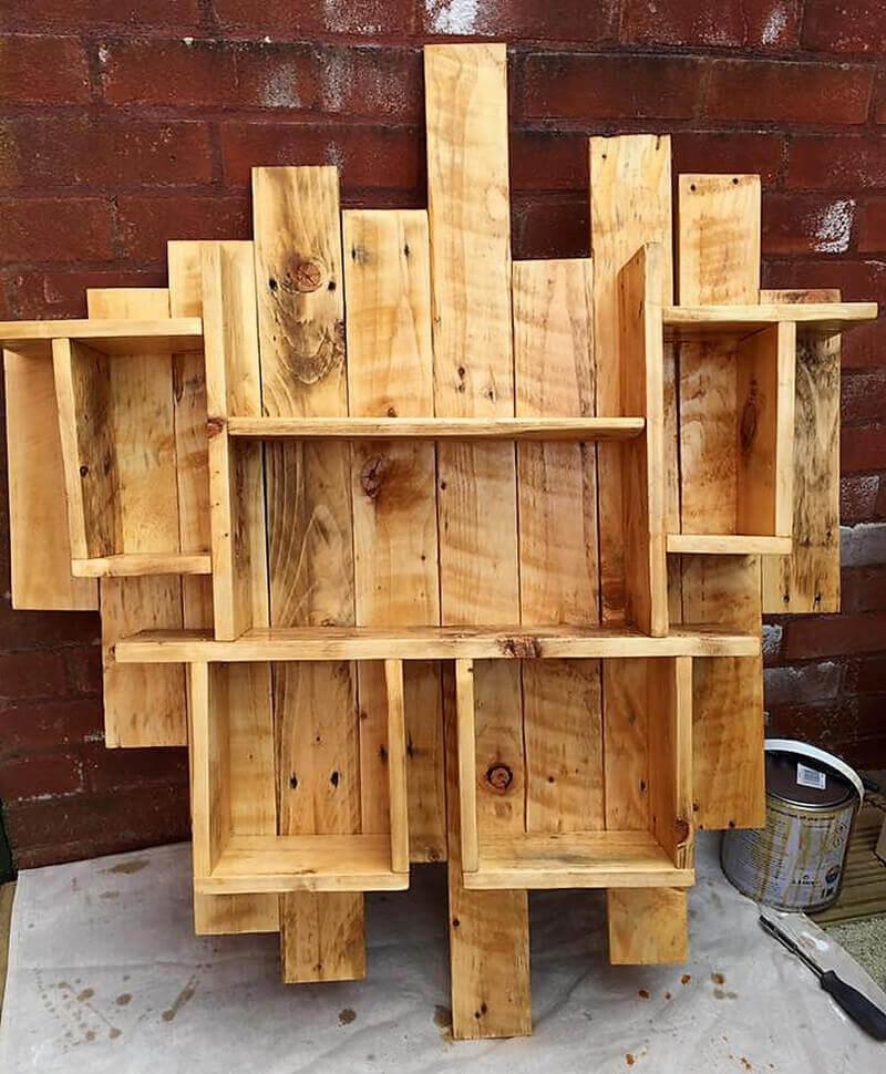 pallets shelf art Creative Ways to Reuse