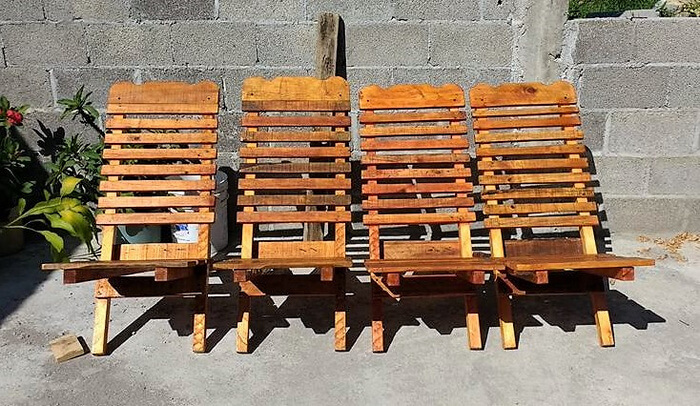 pallets wooden chairs