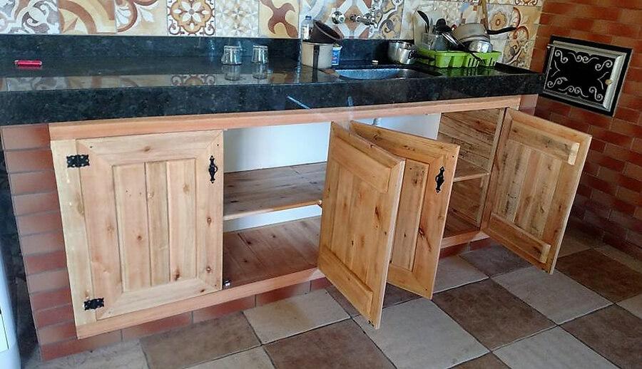 pallets wooden kitchen idea