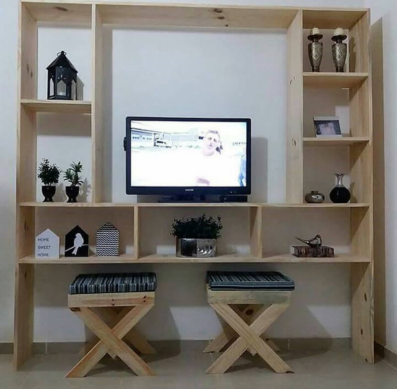 recycled pallets tv console
