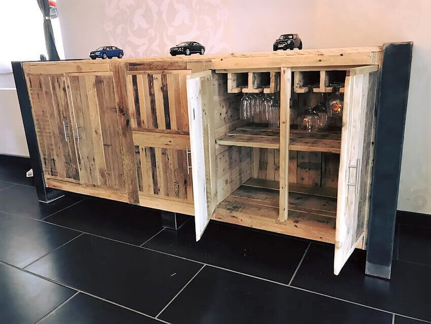 wooden pallets entryway table idea