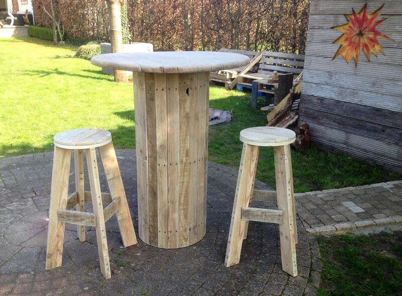 pallet garden bar set