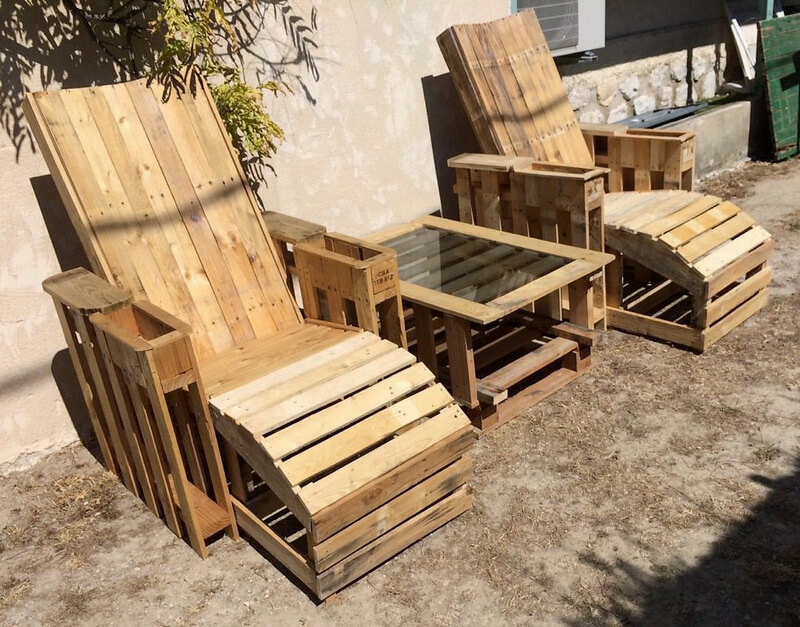 pallet wooden patio seating idea
