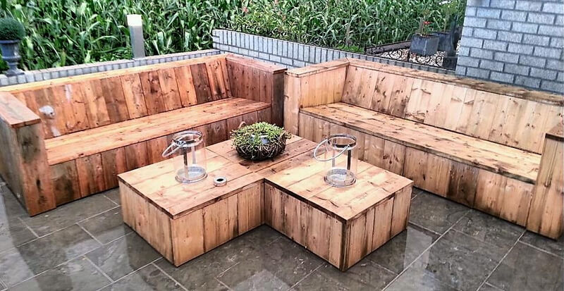 pallets garden couch set