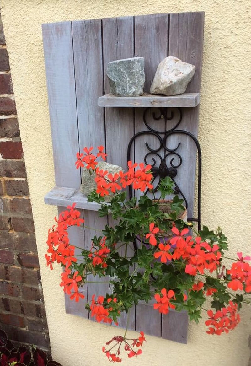 pallets garden wall decor shelf