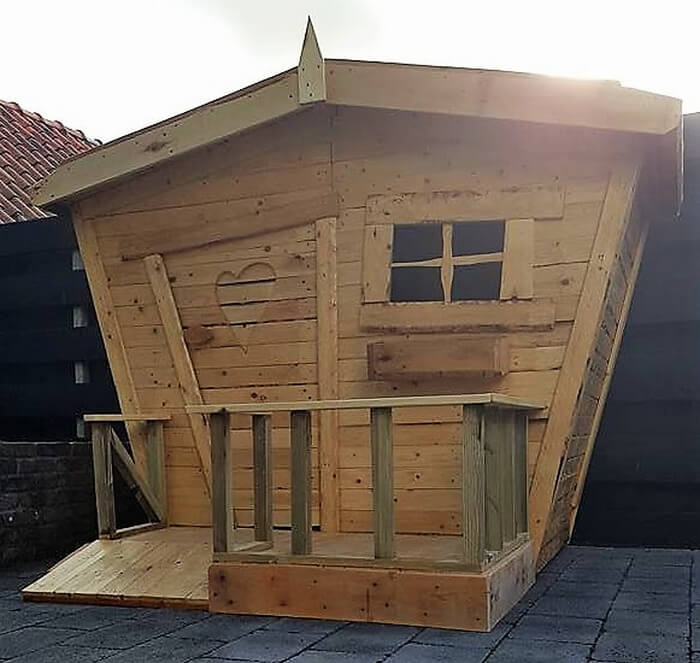 wooden pallets kids patio playhouse