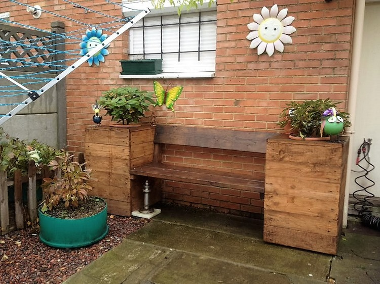 Some Ideas for Pallet Wood Reusing