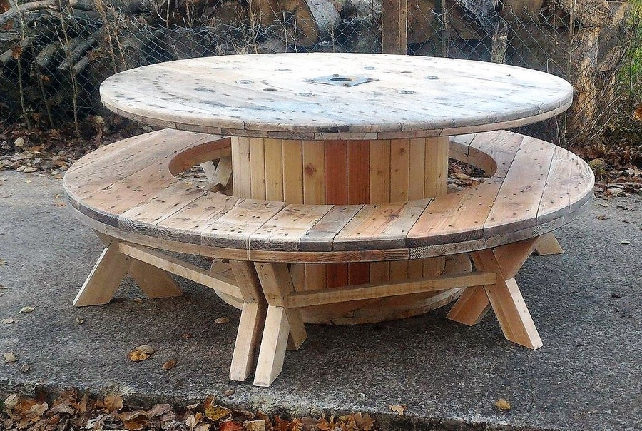 Recycled Pallet Cable Reel Patio Furnitu.