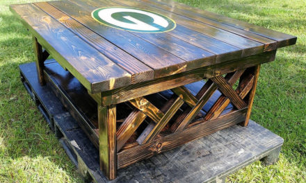 Repurposed Pallets Made XL Coffee Table