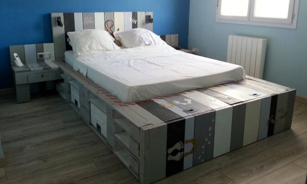 Repurposed Wood Pallets Giant Bed