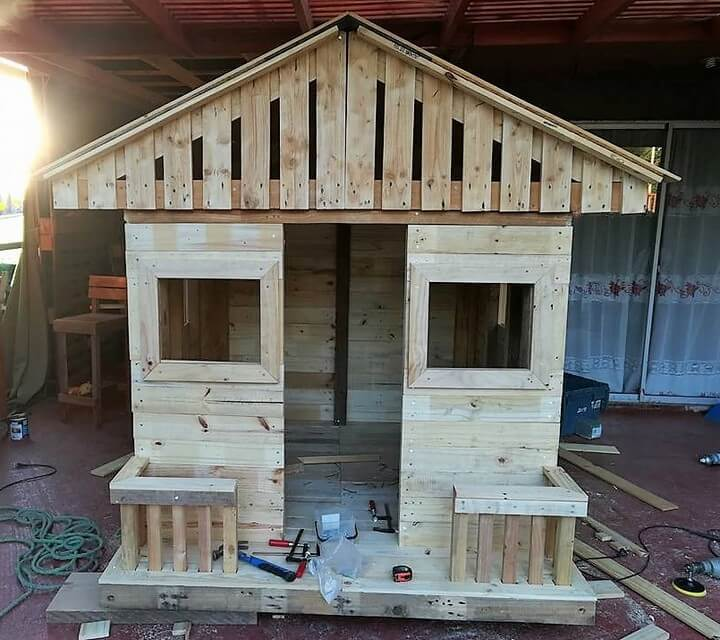 diy pallets wood kids playhouse